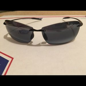 Uni-sex Maui Jim's light house sunglasses